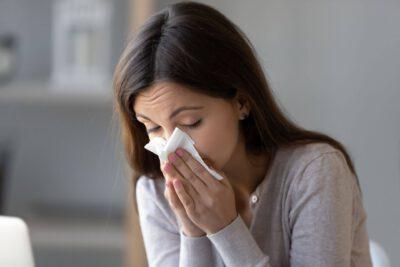 Nenäverenvuoto ja kuivat limakalvot - Nenäverenvuodon tyrehdyttäminen BloodSTOP- sidoksilla
